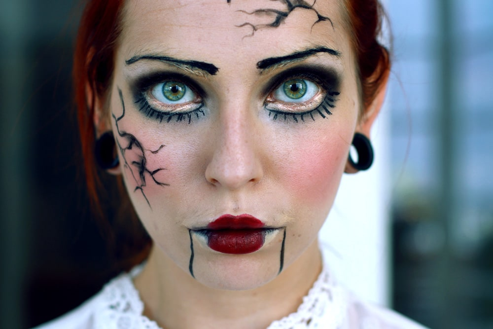 halloween_last-minute-costume-make-up-doll-1