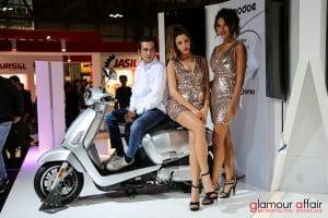Eicma 2016, Milano Rho Fiera; Eicma Girl; Stand KYMCO
