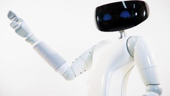 Robot R1 assistente personale umanoide non più sogno ma realtà.