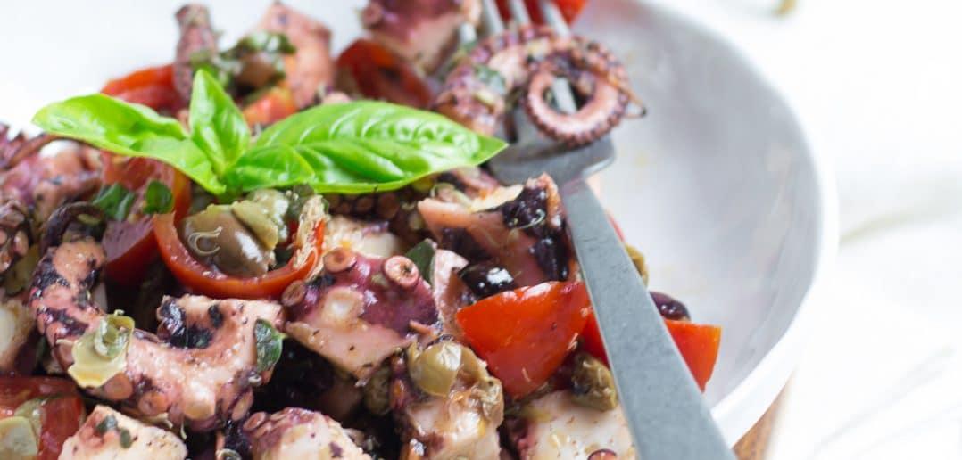 Insalata di polpo alla siciliana, le ricette di Tacchi e Pentole, Luisa Ambrosini. Sezione Food & Travel GAreview luglio-agosto 2018, Magazine online di glamouraffair.com